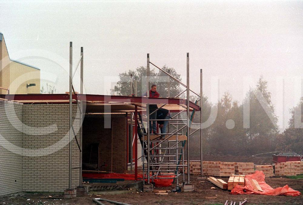 hardenberg : nieuwbouw evenemetenhal..foto frank uijlenbroek@1995