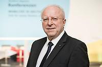 """19 NOV 2018, BERLIN/GERMANY:<br /> Dr. August Markl, Praesident des ADAC, F.A.Z. Konferenz """"Mobilitaet in Deutschland - Zeit fuer neues Denken und Handeln"""", F.A.Z. Atrium<br /> IMAGE: 20181119-01-018<br /> KEYWORDS: F.A.Z."""