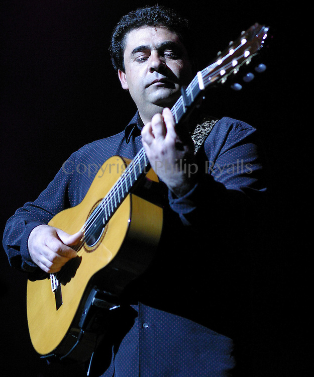 LONDON, UK - APRIL 16: Tonino Baliardo performs with The Gipsy Kings on stage at the Royal Festival Hall on April 16th, 2004 in London, United Kingdom. (Photo by Philip Ryalls/Redferns)**Nicolas Reyes