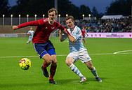 Morten Hegaard (B.93) og Nicolas Mortensen (FC Helsingør) kæmper om bolden under kampen i 2. Division mellem FC Helsingør og B.93 den 20. september 2019 på Helsingør Ny Stadion (Foto: Claus Birch).