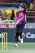 Suzie Bates bowling. Women's T20 international Cricket , Australia v New Zealand White Ferns. North Sydney Oval, Sydney, NSW, Australia. 29 September 2018. Copyright Image: David Neilson / www.photosport.nz