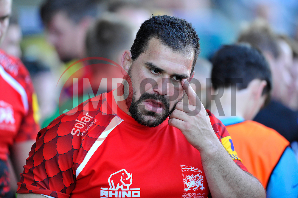 London Welsh replacement prop Pablo Henn looks dejected at the final whistle - Photo mandatory by-line: Patrick Khachfe/JMP - Mobile: 07966 386802 06/09/2014 - SPORT - RUGBY UNION - Oxford - Kassam Stadium - London Welsh v Exeter Chiefs - Aviva Premiership