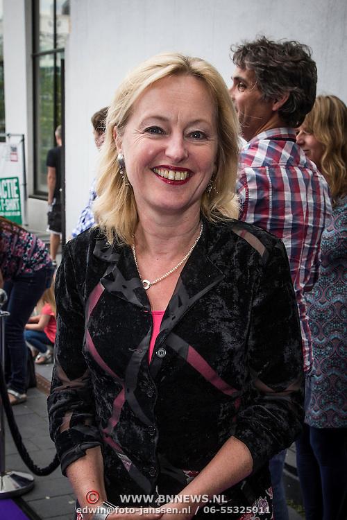 NLD/Eindhoven/20140623 - Koningin Maxima bij bijeenkomst Kracht on Tour<br /> <br /> Queen Maxima attends the Power on Tour meeting in Eindhoven the Netherlands         Op de foto: minister Jett Bussemaker