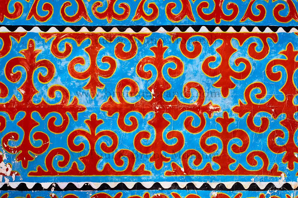 Kirghizistan, Province d'Issyk Koul, peinture murale de motif traditionnel // Kyrgyzstan, Issyk kul provincen wall painting with traditionnel pattern