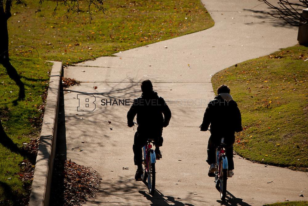 11/18/11 9:27:45 AM -- Riverside photos for Tulsa Community Foundation. ..Photo by Shane Bevel