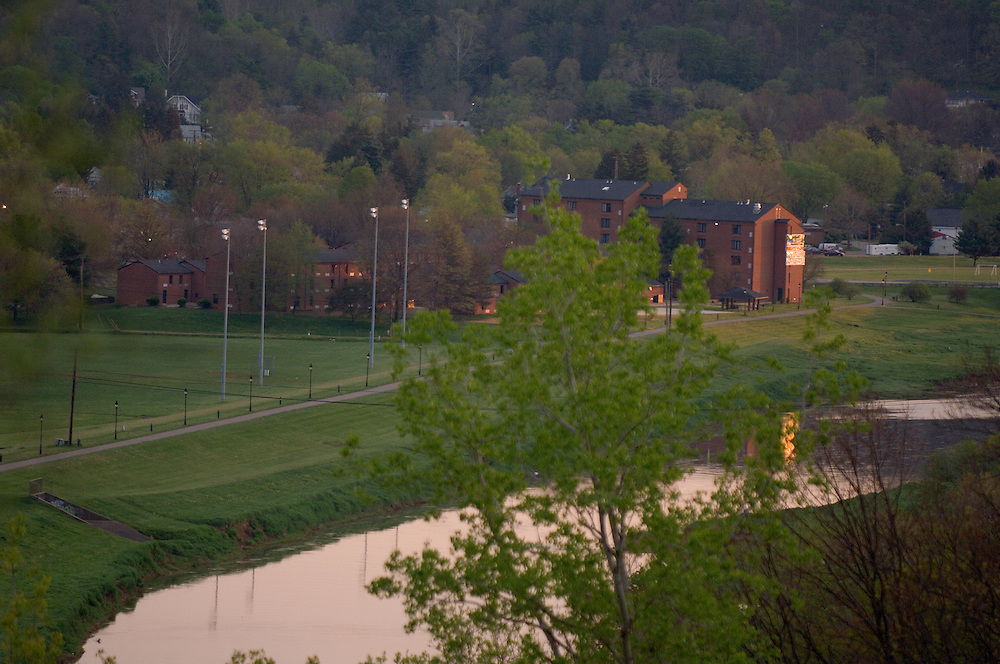 18200South Green at  Sunrise Campus Spring Buildings