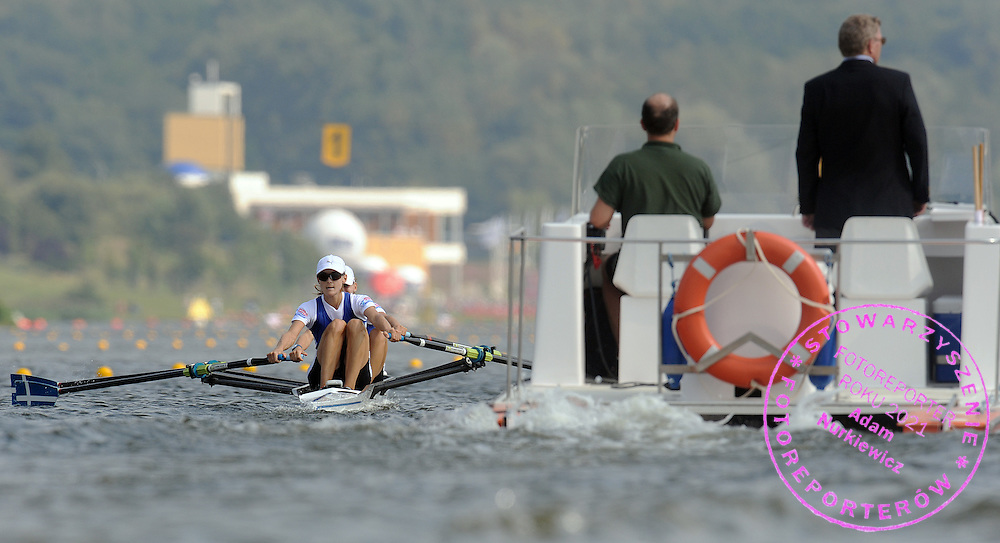 (L) ALEXANDRA TSIAVOU & (R) CHRISTINA GIAZITZIDOU (GREECE) COMPETE IN SEMIFINAL LIGHTWEIGHT WOMEN'S DOUBLE SCULLS DURING DAY SIX OF REGATTA WORLD ROWING CHAMPIONSHIPS ON MALTA LAKE IN POZNAN, POLAND...POZNAN , POLAND , AUGUST 28, 2009..( PHOTO BY ADAM NURKIEWICZ / MEDIASPORT )..PICTURE ALSO AVAIBLE IN RAW OR TIFF FORMAT ON SPECIAL REQUEST.