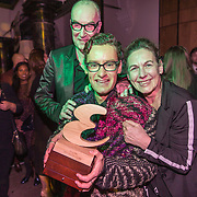 NLD/Amsterdam/20191114 - Uitreiking Esquires Best Geklede Man 2019, Bart Chabot en partner Jolanda van den Burg feleciteren hun zoon Splinter Chabot die is uitgeroepen tot Best Geklede Man 2019
