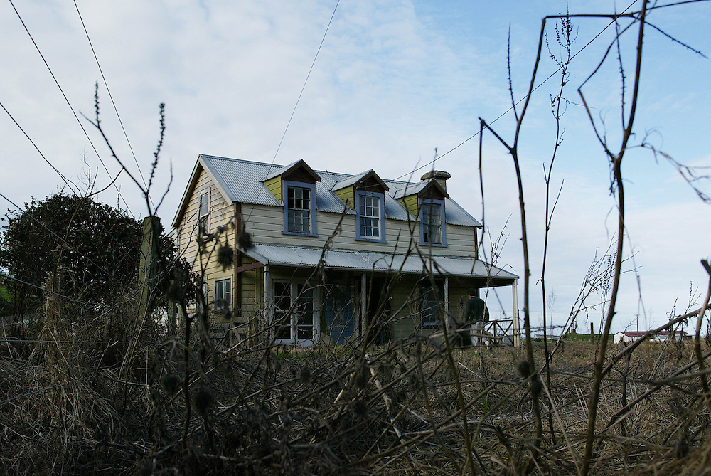 An old deserted house from the late 1800s near Cape Egmont in West Taranaki, New Plymouth, June 17, 2004. Credit:SNPA / Rob Tucker.