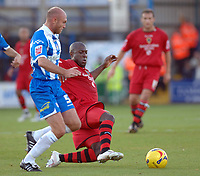 Photo: Ashley Pickering.<br /> Norwich City v Cardiff City. Coca Cola Championship. 21/10/2006.<br /> cardiff's kevin campbell and colchester's wayne brown