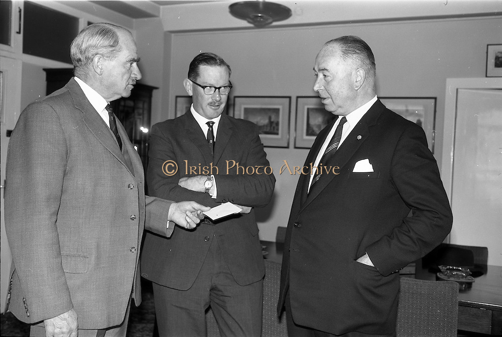 02/10/1963 <br /> 10/02/1963<br /> 02 October 1963<br /> Presentation by Mr. Young at Irish Shell and BP House. Presentation in Mr. Young's office. Special for Irish Shell and BP Ltd.