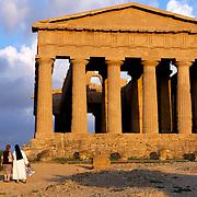 Concordia Temple, Agrigento, Italy. Temple de la Concorde, Agrigente, Italie.
