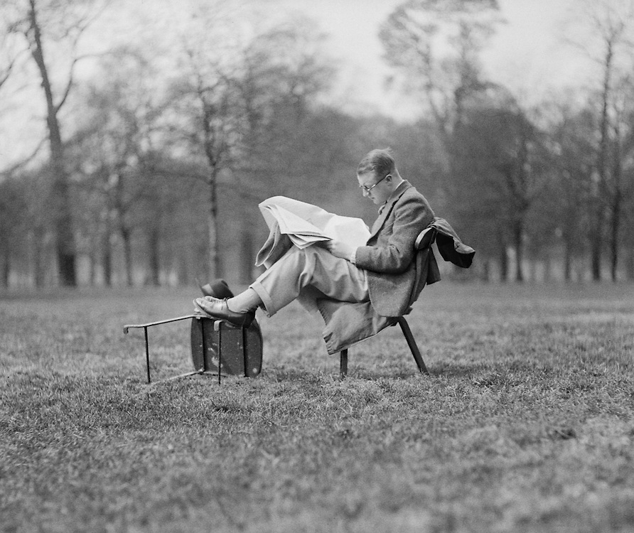 Hyde Park Lunch Time, London, 1933