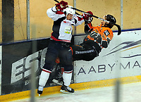 Ishockey<br /> 20.12.2012<br /> Eliteserien<br /> Frisk Asker v Lørenskog<br /> Foto: Ole Walter Sundlo/Digitalsport<br /> <br /> Mikael Dokken (15) - Frisk