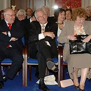 NLD/Huizen/20060323 - Afscheid burgemeester Jos Verdier als burgemeester van Huizen, wethouders Frans Kolk, Jaap Kos en Willy Metz