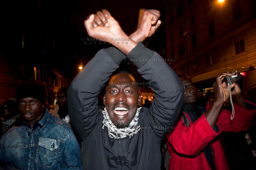 Roma 14  Dicembre 2011.Manifestazione della  comunità senegalese di Roma  a Piazza Vittorio, contro l'assalto razzista di Firenze in cui sono morti, uccisi da un neofascista, due connazionali.