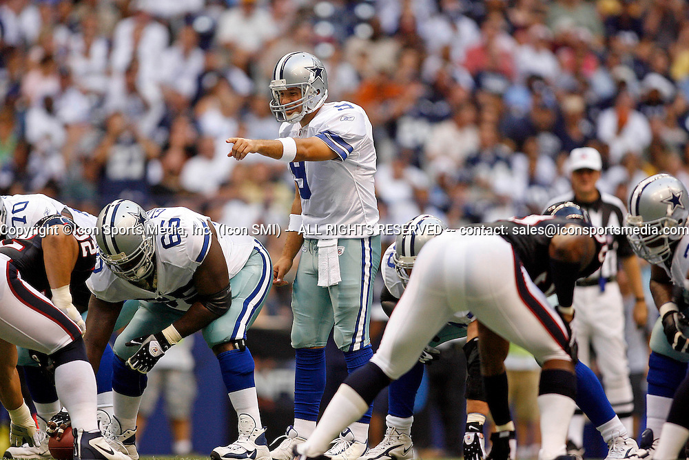 22 August 2008 - Tony Romo (9) of the Dallas Cowboys during the Cowboys 23-22 preseason win over the Houston Texans at Texas Stadium in Irving, Texas.