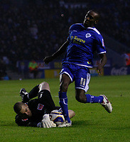 Photo: Steve Bond/Richard Lane Photography. Leicester City v Leyton Orient. Coca Cola League One. 10/01/2009. keeper Glen Morris saves at the feet of Lloyd Dyer