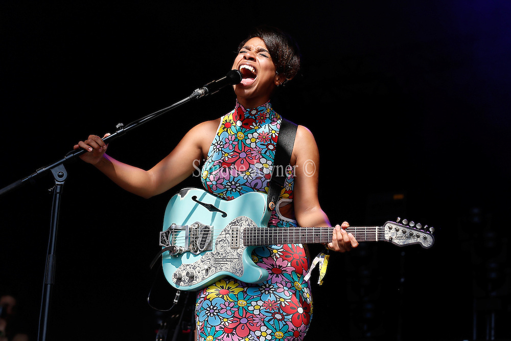 Lianne La Havas performs live on The Terrazza stage on during day three of the Lovebox festival at Victoria Park on July 21, 2013 in London, England. (Photo by Simone Joyner)
