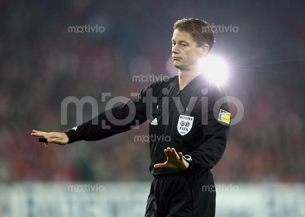 Fussball International WM Qualifikation Schweiz 2-0 Tuerkei Schiedsrichter Lubos Michel (SVK)