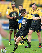 Hurricanes' Beauden Barrett kicks a goal during the Round 14 Super Rugby match, Hurricanes v Highlanders at Westpac Stadium, Wellington. 27th May 2016. Copyright Photo.: Grant Down / www.photosport.nz