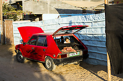 September 10, 2017 - Gaza City, The Gaza Strip, Palestine - A Palestinian child is standing in a car in front of his house in Beit Lahia town, north of the Gaza Strip. (Credit Image: © Mahmoud Issa/Quds Net News via ZUMA Wire)