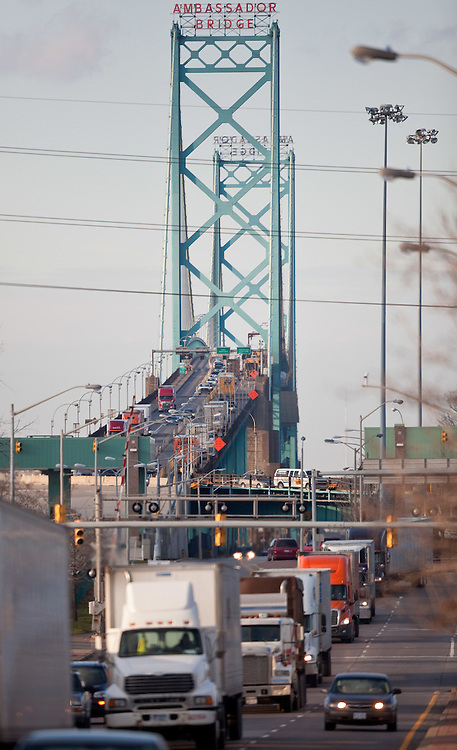 Windsor, Ontario ---11-12-07--- A line of trucks enters Canada at Windsor, Ontario after crossing the Ambassador Bridge from Detroit, December 7, 2011.<br /> GEOFF ROBINS The Globe and Mail