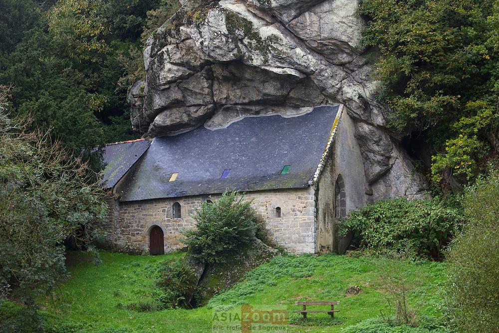 Chapelle Saint Gildas le long du Blavet a Saint Nicolas des Eaux