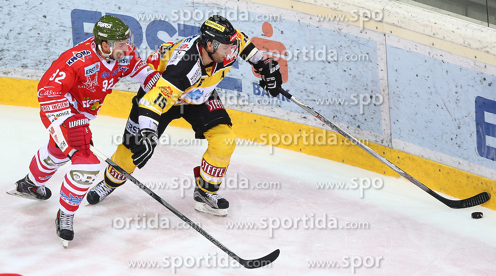 09.10.2015, Albert Schultz Eishalle, Wien, AUT, EBEL, UPC Vienna Capitals vs HC Bozen, 9. Runde, im Bild Matic Podlipnic (HC Bozen) und Danny Bois (UPC Vienna Capitals) // during the Erste Bank Icehockey League 9th Round match between UPC Vienna Capitals and HC Bozen at the Albert Schultz Ice Arena, Vienna, Austria on 2015/10/09. EXPA Pictures © 2015, PhotoCredit: EXPA/ Thomas Haumer