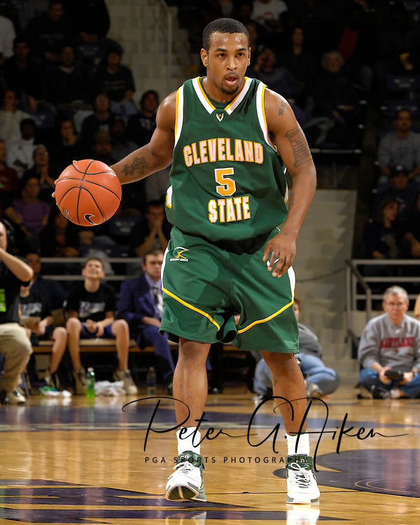 Cleveland State guard Victor Morris in action in the first half against Kansas State at Bramlage Coliseum in Manhattan, Kansas, December 5, 2006.  K-State beat the Vikings 93-60.<br />