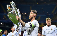 FUSSBALL  CHAMPIONS LEAGUE  FINALE  SAISON 2015/2016   Real Madrid - Atletico Madrid                   28.05.2016 Sergio Ramos (Real Madrid) jubelt mit dem Pokal