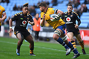 Bath back row Mike Williams (6) runs with the ball  during the Gallagher Premiership Rugby match between Wasps and Bath Rugby at the Ricoh Arena, Coventry, England on 2 November 2019.