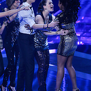 NLD/Hilversum/20121109 - The Voice of Holland 1e liveuitzending, Patt Riley, Denzel Dongen, Tessa Belinfante, Leonna Phillipo