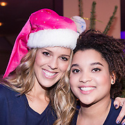 NLD/Hilversum /20131210 - Sky Radio Christmas Tree For Charity 2013, Jennifer Lynn en Julia van der Toorn