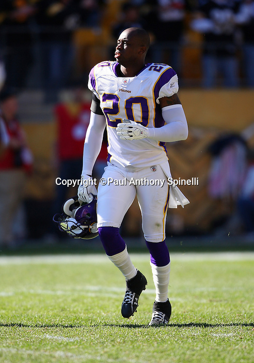 Minnesota Vikings safety Madieu Williams (20) jogs onto the field during the NFL football game against the Pittsburgh Steelers, October 25, 2009 in Pittsburgh, Pennsylvania. The Steelers won the game 27-17. (©Paul Anthony Spinelli)