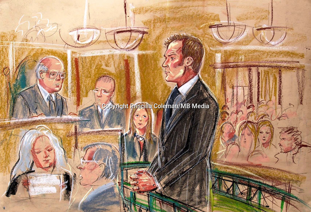 ©PRISCILLA COLEMAN ITV NEWS 02.07.03..PIC SHOWS JOHN LESLIE  AT BOW ST MAGISTRATES COURT LONDON. MR. LESLIE IS FACING 2 COUNTS OF INDECENT ASSALT . ..SEE STORY..PIC BEN GRAVILLE   ..SUPPLIED BY©PHOTONEWS SERVICELTD 02.07.03