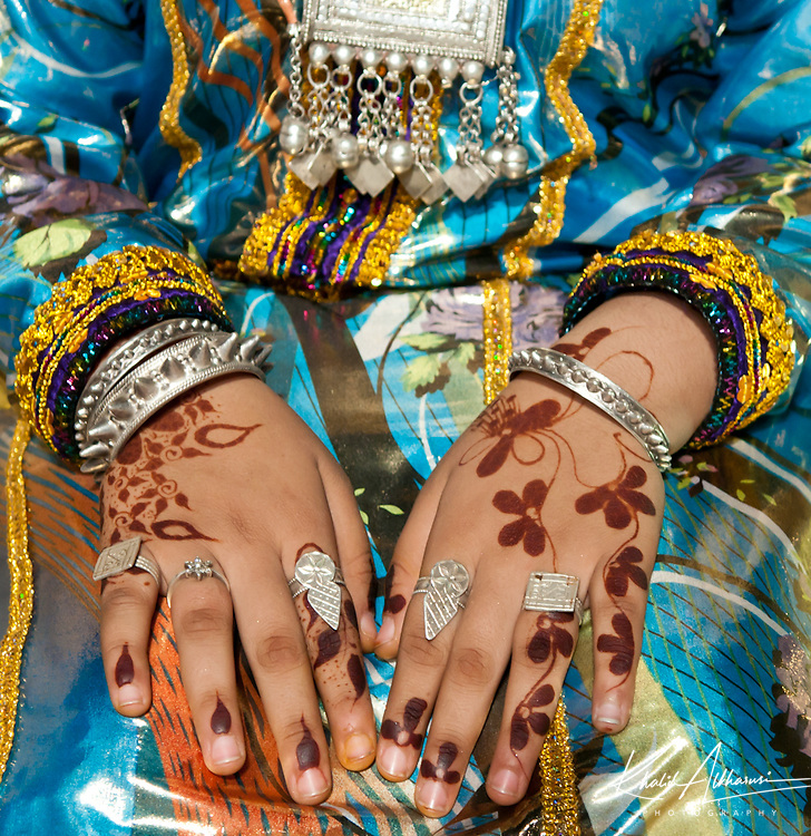Decorating the hands with henna is a cherished custom for women in Oman
