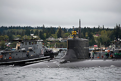BREMERTON, Wash. (April 26, 2017) Sailors assigned to the Seawolf-class fast-attack submarine USS Connecticut (SSN 22) return home to Naval Base Kitsap-Bremerton, following an extended underway. Connecticut is the second of the Navy's three Seawolf-class submarines, designed to be faster and quieter than its Los Angeles-class counterpart. (U.S. Navy photo by Mass Communication Specialist 1st Class Amanda R. Gray/Released)170426-N-UD469-053<br /> Join the conversation:<br /> http://www.navy.mil/viewGallery.asp<br /> http://www.facebook.com/USNavy<br /> http://www.twitter.com/USNavy<br /> http://navylive.dodlive.mil<br /> http://pinterest.com<br /> https://plus.google.com