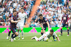 09.04.2016, Estadio Santiago Bernabeu, Madrid, ESP, Primera Division, Real Madrid vs SD Eibar, 32. Runde, im Bild Real Madrid's Carlos Henrique Casemiro and Sociedad Deportiva Eibar's Sergi Enrich and Adrian Gonzalez // during the Spanish Primera Division 32th round match between Real Madrid and SD Eibar at the Estadio Santiago Bernabeu in Madrid, Spain on 2016/04/09. EXPA Pictures © 2016, PhotoCredit: EXPA/ Alterphotos/ Borja B.Hojas<br /> <br /> *****ATTENTION - OUT of ESP, SUI*****