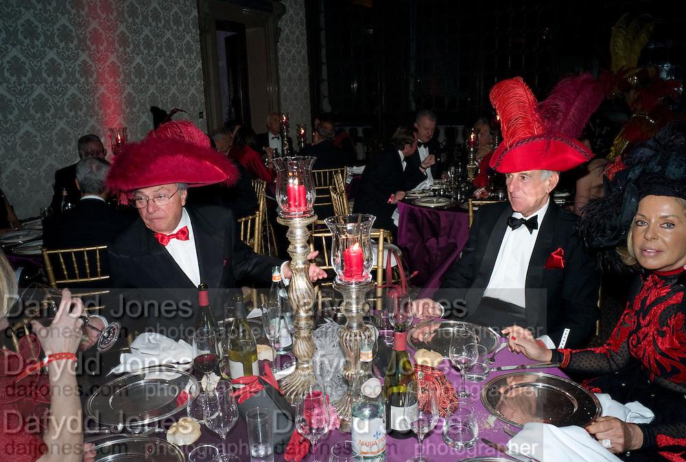 PAOLA BENEDETTINI, Francesca Bortolotto Possati, Alessandro and Olimpia host Carnevale 2009. Venetian Red Passion. Palazzo Mocenigo. Venice. February 14 2009.  *** Local Caption *** -DO NOT ARCHIVE -Copyright Photograph by Dafydd Jones. 248 Clapham Rd. London SW9 0PZ. Tel 0207 820 0771. www.dafjones.com<br /> PAOLA BENEDETTINI, Francesca Bortolotto Possati, Alessandro and Olimpia host Carnevale 2009. Venetian Red Passion. Palazzo Mocenigo. Venice. February 14 2009.