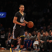 Steph Curry, Golden State Warriors, in action against the New York Knicks. NBA Basketball. Madison Square Garden, New York. USA.  Photo Tim Clayton