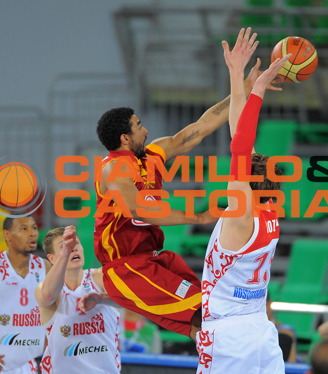 DESCRIZIONE : Bydgoszcz Poland Polonia Eurobasket Men 2009 Qualifying Round Russia Macedonia F.Y.R.of Macedonia<br /> GIOCATORE : Jeremiah Massey<br /> SQUADRA : Macedonia F.Y.R.of Macedonia<br /> EVENTO : Eurobasket Men 2009<br /> GARA : Russia Macedonia F.Y.R.of Macedonia<br /> DATA : 15/09/2009 <br /> CATEGORIA :<br /> SPORT : Pallacanestro <br /> AUTORE : Agenzia Ciamillo-Castoria/T.Wiedensohler<br /> Galleria : Eurobasket Men 2009 <br /> Fotonotizia : Bydgoszcz Poland Polonia Eurobasket Men 2009 Qualifying Round Russia Macedonia F.Y.R.of Macedonia<br /> Predefinita :