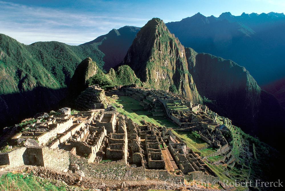 PERU, PREHISPANIC, INCA Machu Picchu; city walls and gate