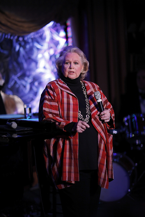 "Singer Barbara Cook performs ""Here's To Life"" at Feinstein's on April 14, 2009 in New York city. photo by Joe Kohen for the New York times"