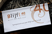 Koningin Maxima bij symposium 40 jaar Blijf van m'n Lijf in het Tropenmuseum, Amsterdam.Het symposium geeft inzicht in de geschiedenis van de vrouwenopvang en de nieuwe mogelijkheden voor de aanpak van huiselijk geweld. <br /> <br /> Queen Maxima Symposium Stay 40 years of my Body in the Tropenmuseum, Amsterdam.The symposium provides insight into the history of the women's and the new possibilities for addressing domestic violence.<br /> <br /> op de foto / On the photo: