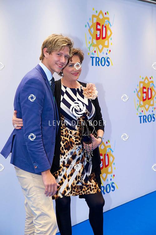 AMSTERDAM - 50 Jaar Tros is gevierd in theater Carré met heel veel bekende Nederlanders uit de Tros wereld. Met hier op de foto  Tineke Verburg. FOTO LEVIN DEN BOER - PERSFOTO.NU