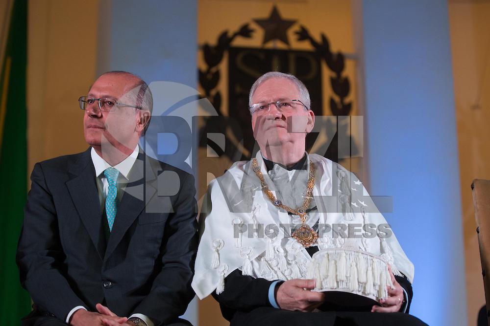 SAO PAULO, SP, 25.01.2014 - POSSE REITOR DA USP - Novo reitor da USP, Marco Antonio Zago no Auditório Ulysses Guimarães, no Palácio dos Bandeirantes na região sul da cidade de Sao Paulo, deste sábado, 25. Zago é professor titular da USP desde 1990. Dentre outros cargos, foi presidente do Conselho Nacional do Desenvolvimento Científico e Tecnológico (CNPq) entre 2007 e 2010. Desde 2010, era pró-reitor de Pesquisa da USP.(Foto: Vanessa Carvalho / Brazil Photo Press).