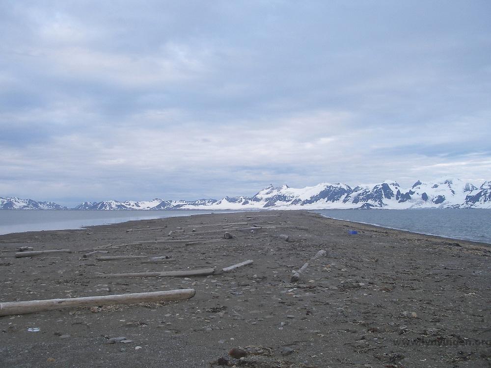 Crossing Sarstangen on Spitzbergen