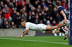 Anthony Watson of England crosses the try-line but the score is later ruled out - Photo mandatory by-line: Patrick Khachfe/JMP - Mobile: 07966 386802 14/03/2015 - SPORT - RUGBY UNION - London - Twickenham Stadium - England v Scotland - Six Nations Championship
