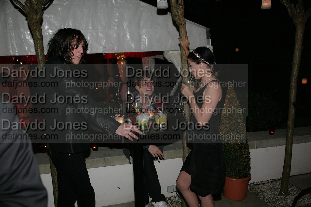 Kristian Mall, Nick Grimshaw and Sadie Frost, Tropical Colour party to celebrate Le Touessrok. Hempel Hotel London. 12 June 2007.  -DO NOT ARCHIVE-© Copyright Photograph by Dafydd Jones. 248 Clapham Rd. London SW9 0PZ. Tel 0207 820 0771. www.dafjones.com.